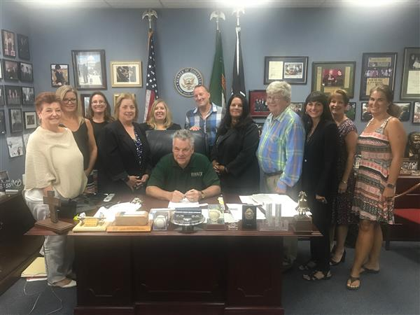 Members of Massapequa's BOE meet with Congressman Peter King