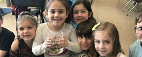 Lockhart First-Graders Experience Touch Tank
