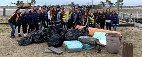 Ninth Graders Help Clean Up the Bay